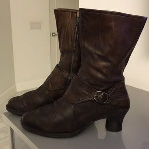 Born Mid Calf Boots Brown Size 9.5